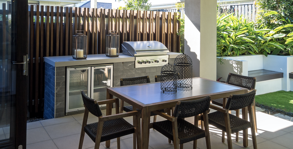 An outside alfresco dining area.